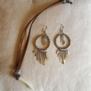 Boho saber tooth necklace and silver earrings